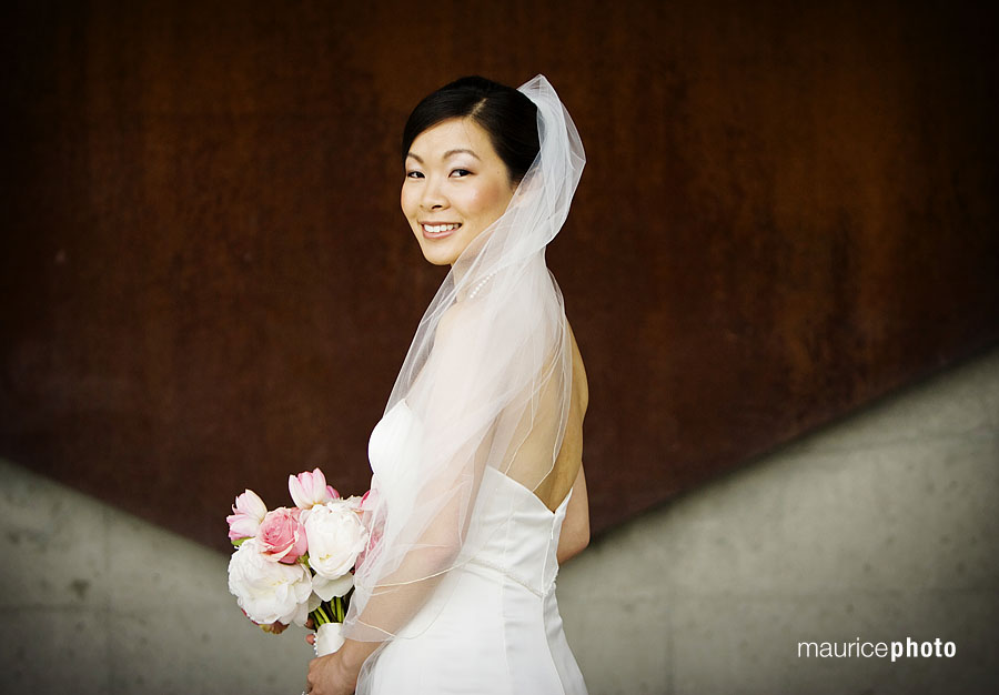 Bridal portrait at the Olympic Sculpture Park