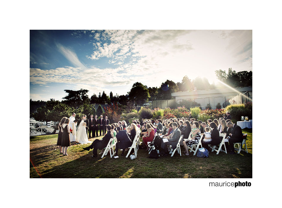 Outdoor wedding ceremony in Seattle