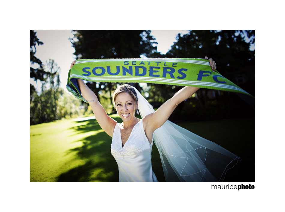Seattle Sounders fan gets married