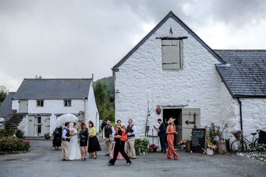 North Wales Wedding Photographer picture of the stunning Hafod Farm.