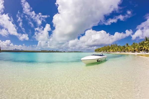 Shandrani Beach and Shore with Boat