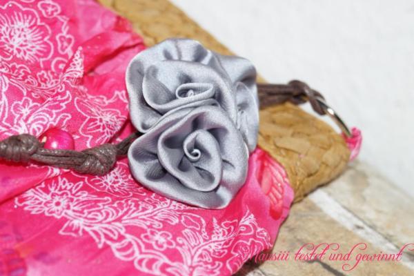Schuhclips an Tasche von La Loria