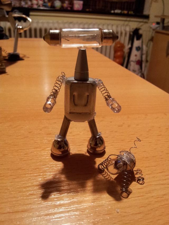 M-BOTS - die Trash-Roboter (2/6)