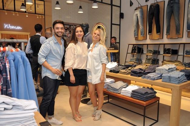 Hilfiger Denim, mega mall, www.mauvert.com