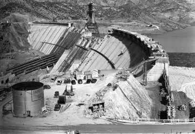 original construction of Shasta Dam