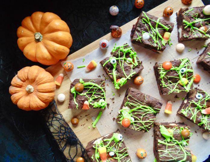 chocolate halloween candy cookie bars
