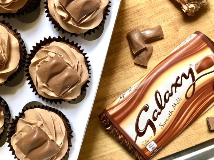 Galaxy chocolate cupcakes