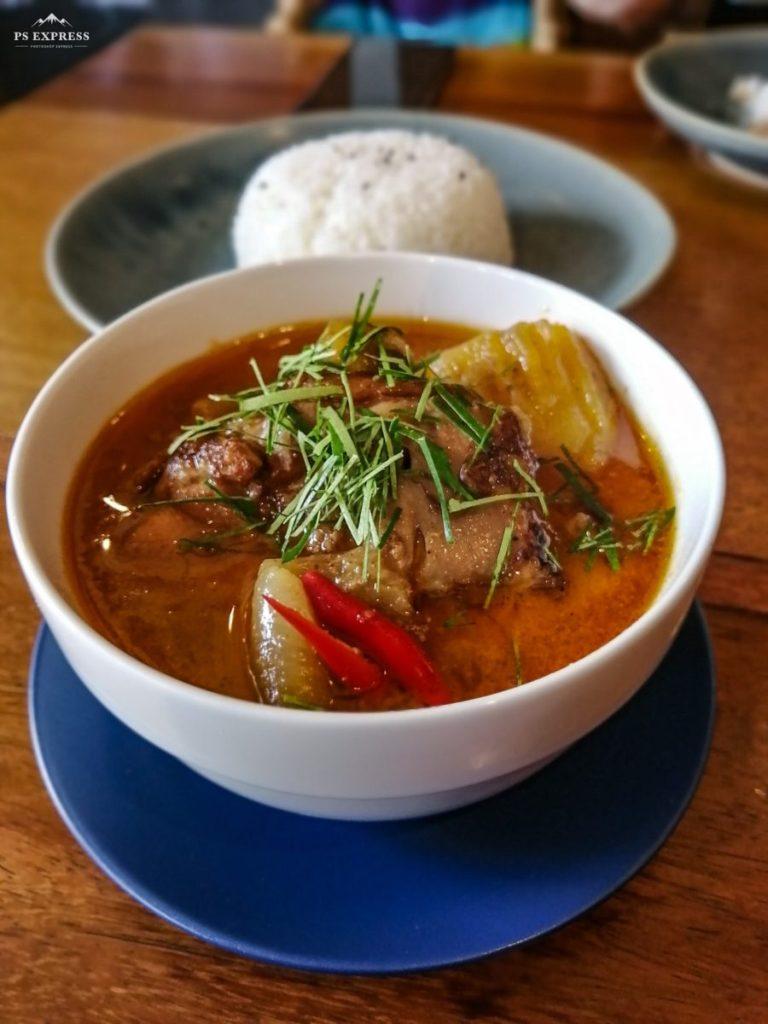 Massaman de Poulet au Café K.O.B a Koh Samui.