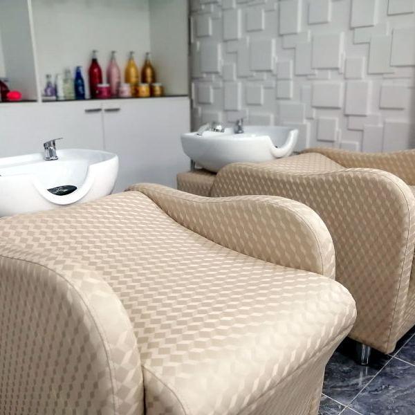 Salon de coiffure professionnel et de luxe a Koh Samui chez Ooh La La Beauty & SPA Palace