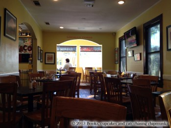 The Bacon restaurant - Austin, TX | Mon chat m'a ramené un chipmunk !