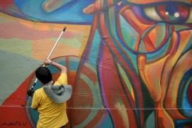 Guache (Colombia) pintando en Jr. Lampa, Lima.
