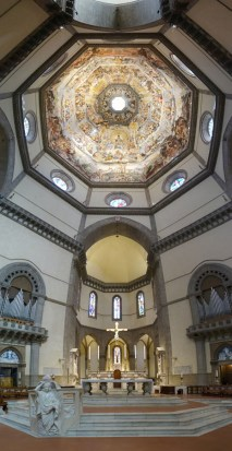 Cathedrale_Panorama_innen_1