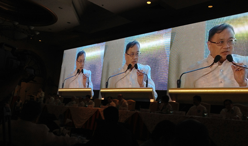 "NOT JUST DATA PIPE. PLDT chairman Manuel V. Pangilinan speaks to shareholders during the company's annual stockholders' meeting. Pangilinan said PLDT must ""move firmly into social media, social networking and Internet spaces before they move into ours and eat our lunch."" (PHOTO BY MAX LIMPAG)"