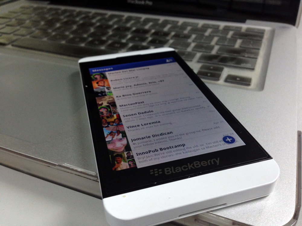 Facebook Messenger on BlackBerry Z10