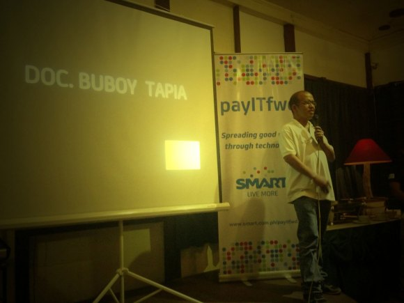 """DR. BUBOY TAPIA has polycystic kidney disease and blogs about it to """"provide positivity to other patients"""" and share his knowledge as both a doctor and patient."""