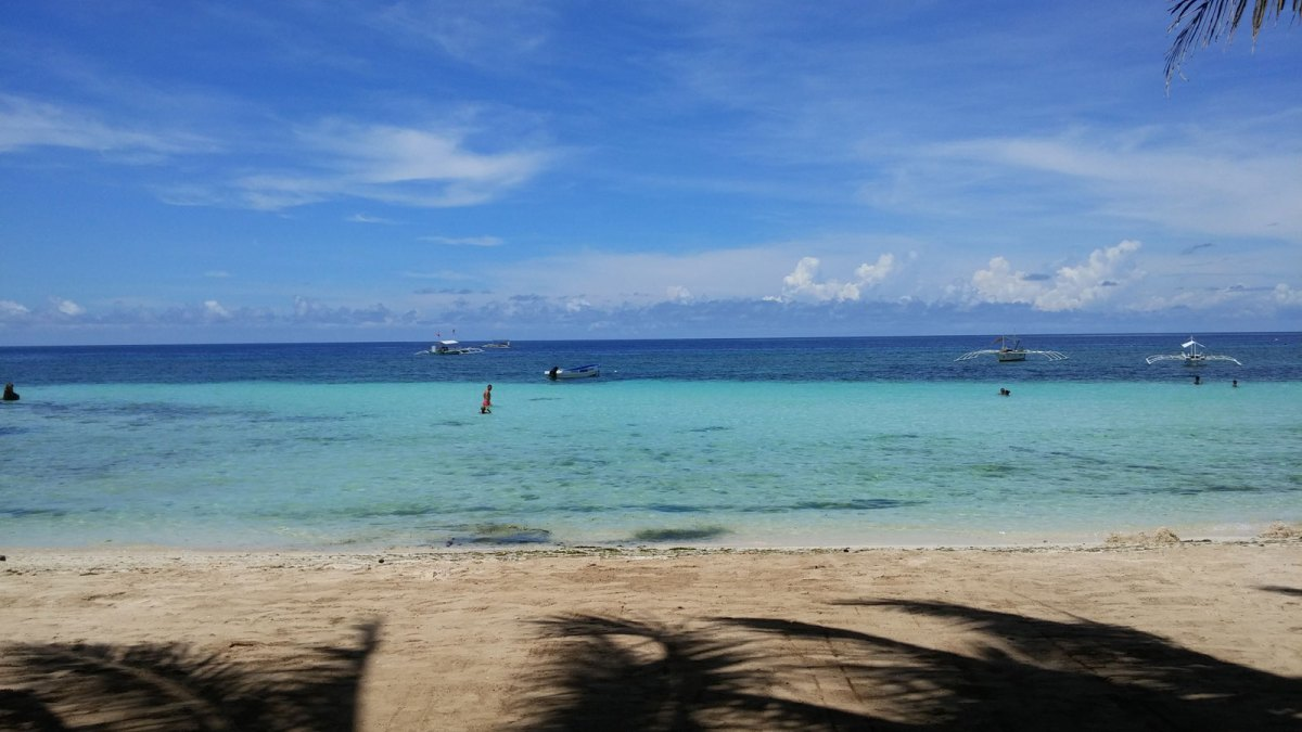 OFFICE VIEW. Mobile connectivity, modern technology and a slowly changing office culture will soon allow us to work from anywhere, including from this beach in Panglao Island, Bohol.