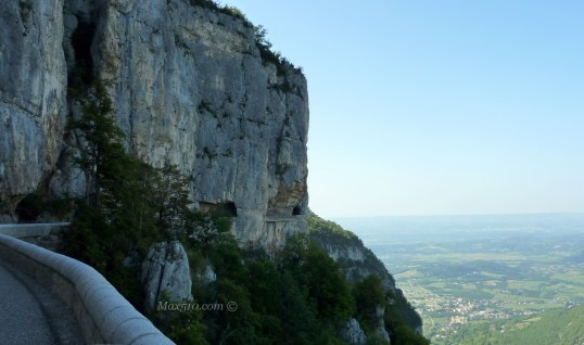 Spectacular Road in Combe Laval - Vercors - France