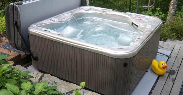 Top 10 Best Black Friday Hot Tub Deals 2021