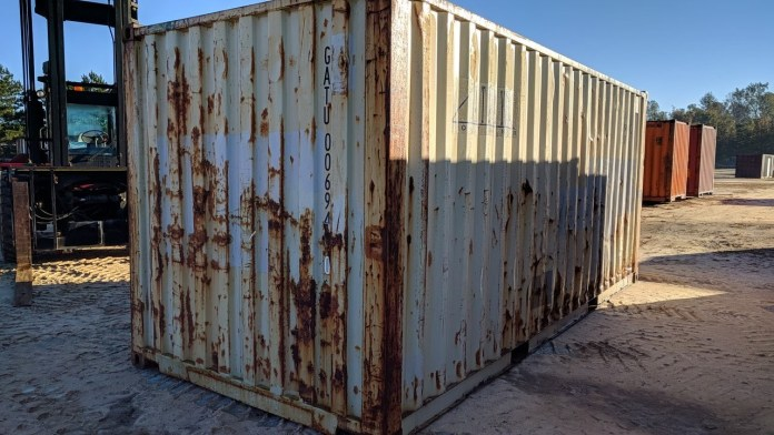 Rusty Container is not seaworthy