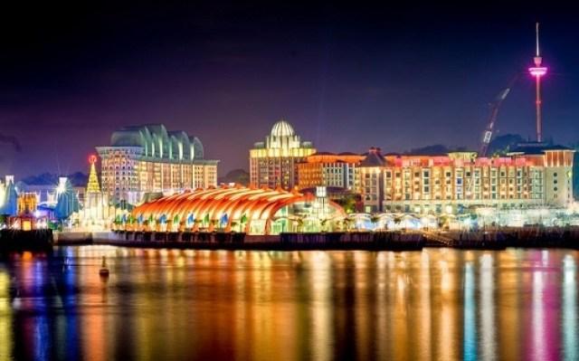 sentosa nye 300x187 Singapore New Year Eve 2020