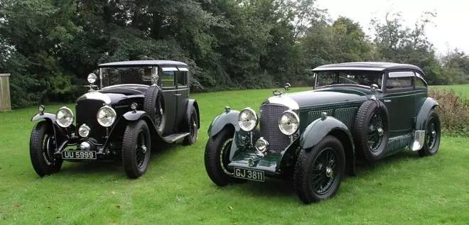 Os dois Bentleys originais envolvidos no caso: o da esquerda, o verdadeiro; o outro o impostor