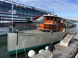 Fabulous brunch cruise around Manhattan with the Classic Harbour Line, NYC.