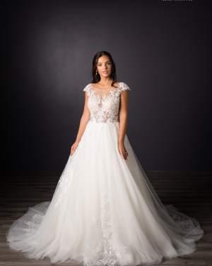 lace, tulle, plus size, Maxims wedding, gown, dress, wedding, A line, Boho, Princess