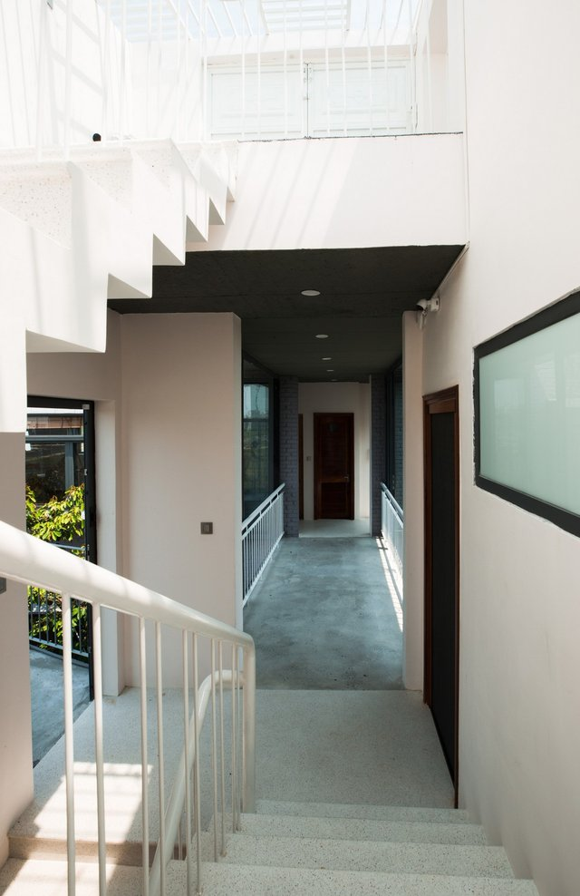 У В'єтнамі створили ідеальний дім, де кожен з сім'ї живе окремо - фото 360491