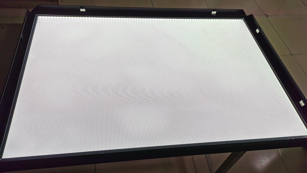 Thin LED Light Box