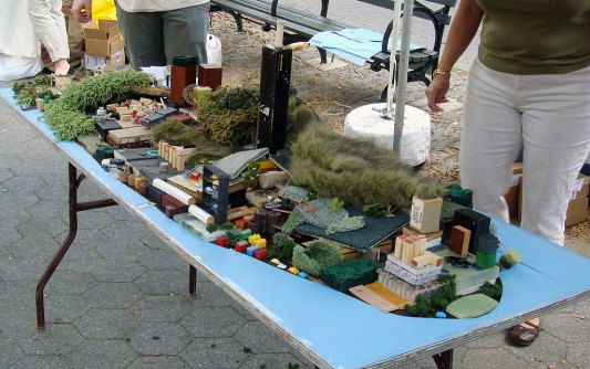 IDEAS City: And the City began to get taller as the grassy areas were pushed further north