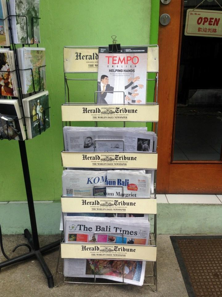 bali-ubud-newsstand