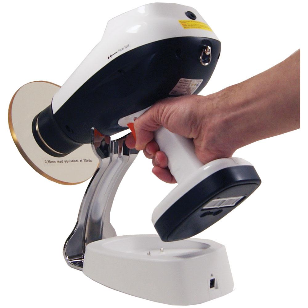 MaxRay-Cocoon-Handheld-X-Ray-Docking