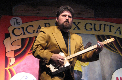 Shane Speal, King of the Cigar Box Guitar