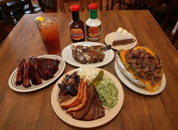 Mouth-watering food at Big Bob Gibson's in Decatur, Alabama