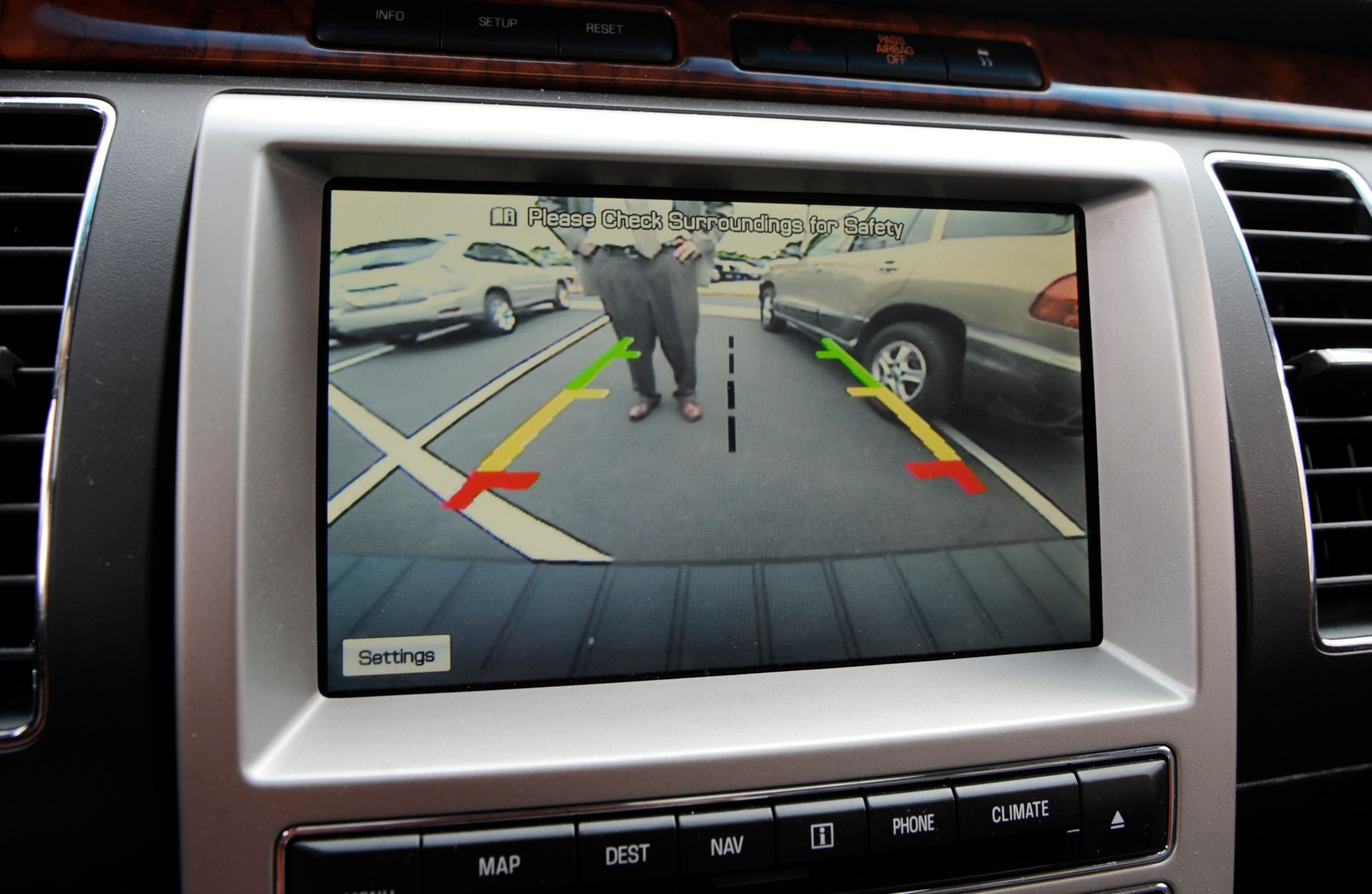 hight resolution of  el denver colorado september 11th 2008 the 2009 parking sensors backup cameras