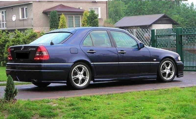Dokładki Progów Mercedes C-Class W202 | Nasza Oferta \\ Mercedes \\ C Klasa \\ W 202 | Maxton Design
