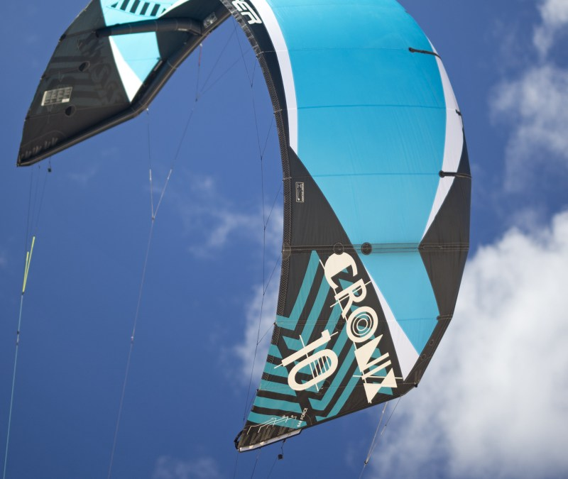 Flysurfer Launches first inflatable kite – The Cronix