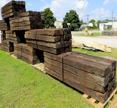 25+ Railroad Tie Landscape Split Rail Fence Pictures and