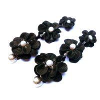 Black leather flower earrings with pearls