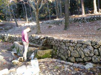 01 P1020282 font des noguer fontaine