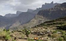 Simien 14 Mekarebya campement en contrebas