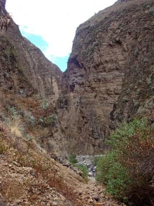 J4 07 mina gorges begining