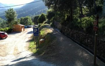 2014-07-12 Ruta dels Refugis (29) Mas des Fores Depart ruta Mont Ral