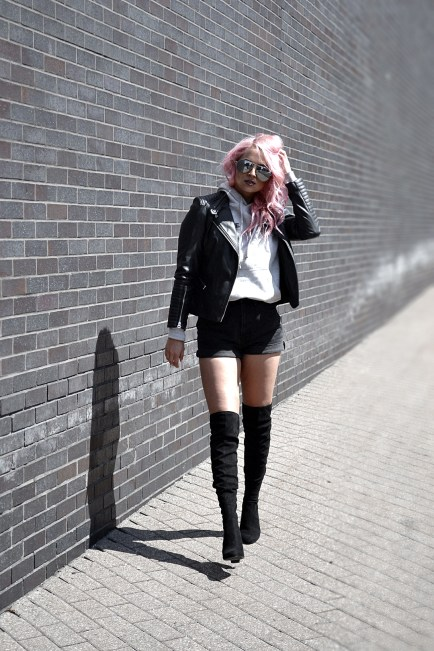 Over the knee boots are stylish and on trend, but sometimes they feel too dressy. Pair them with this casual outfit so you can wear them anywhere!