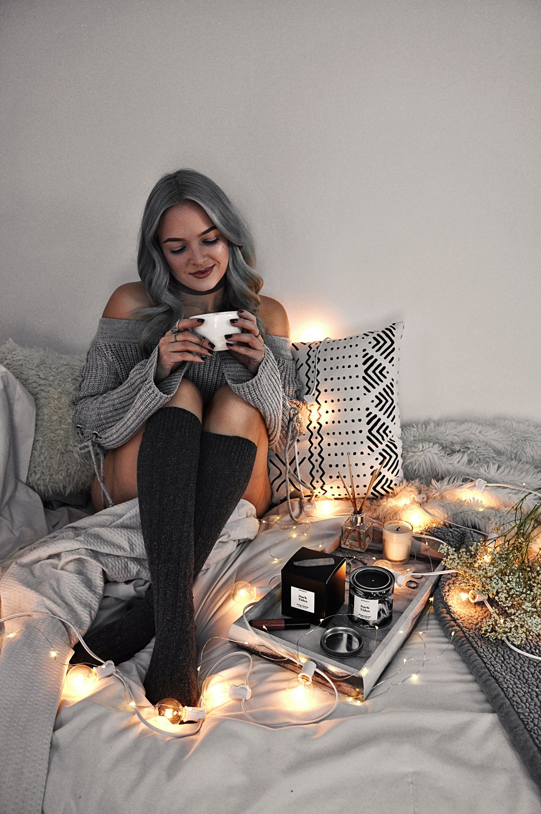 It's busy season! Christmas and New Years aren't far away, and that's why I always do these 7 things that help me relax and prepare for the holidays.