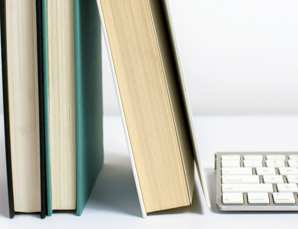 13 of the Best Books for Bloggers & Entrepreneurs