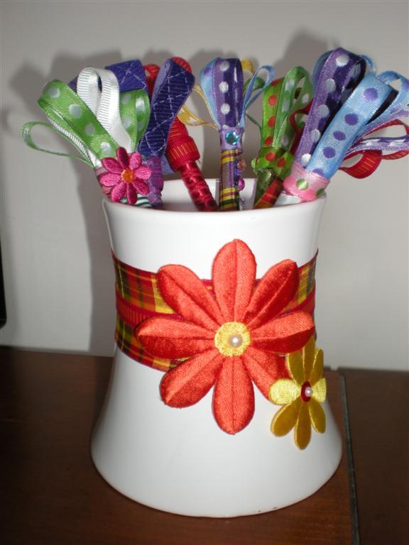Photo 10--Pen Cup with Pens (Medium)