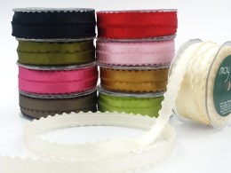 5/8 Inch Satin Ribbon with Woven Scalloped Edge