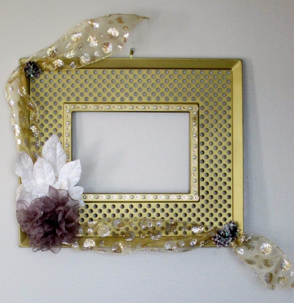 cwedding frame with ribbon flowers