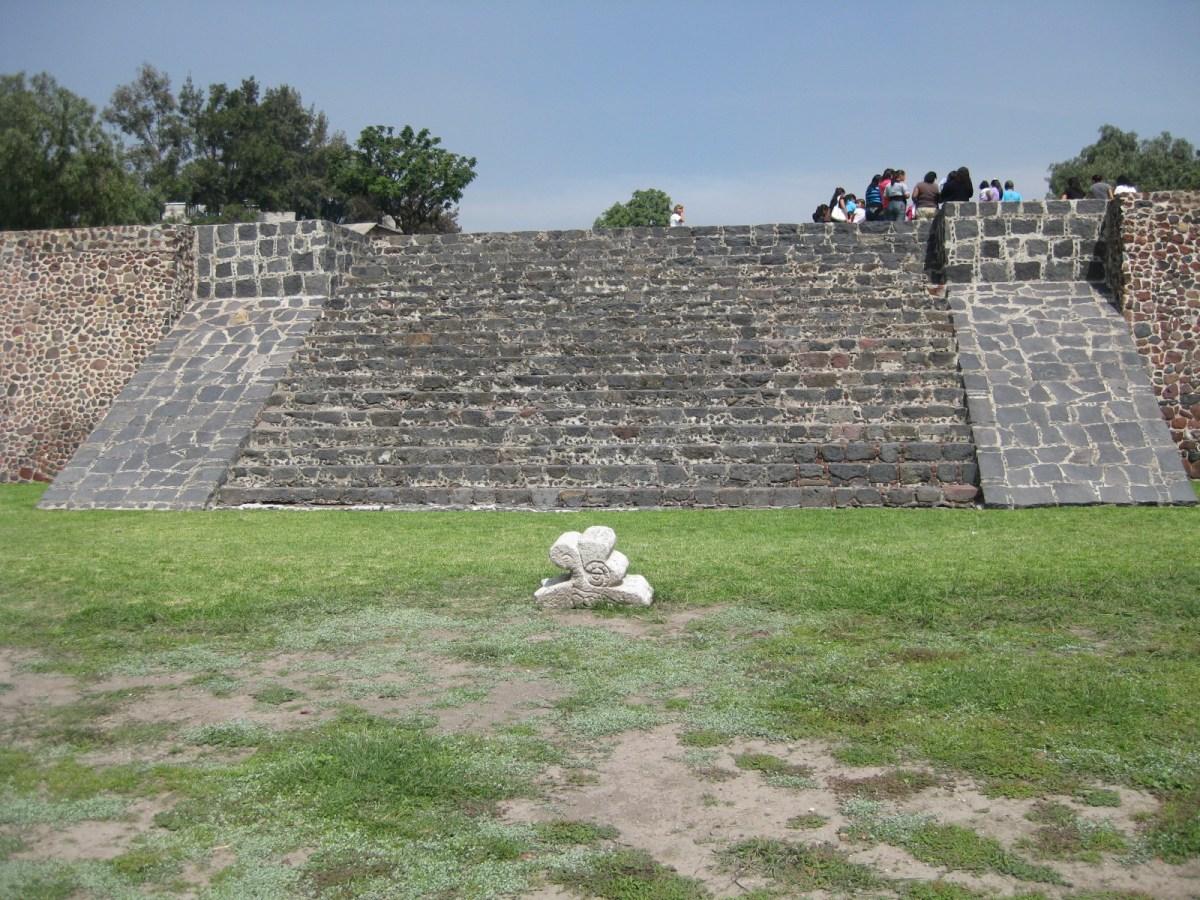 zona arqueologica los pochotes en chimalhuacán